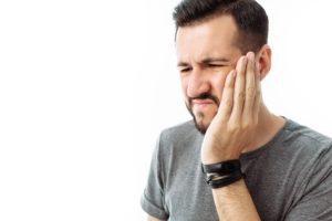 Cheekbone fracture compensation